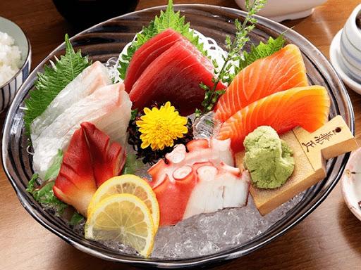 Món ăn shasimi